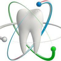 Пекарский Арнольд – врач-стоматолог, переводчик, эксперт в области стоматологии.